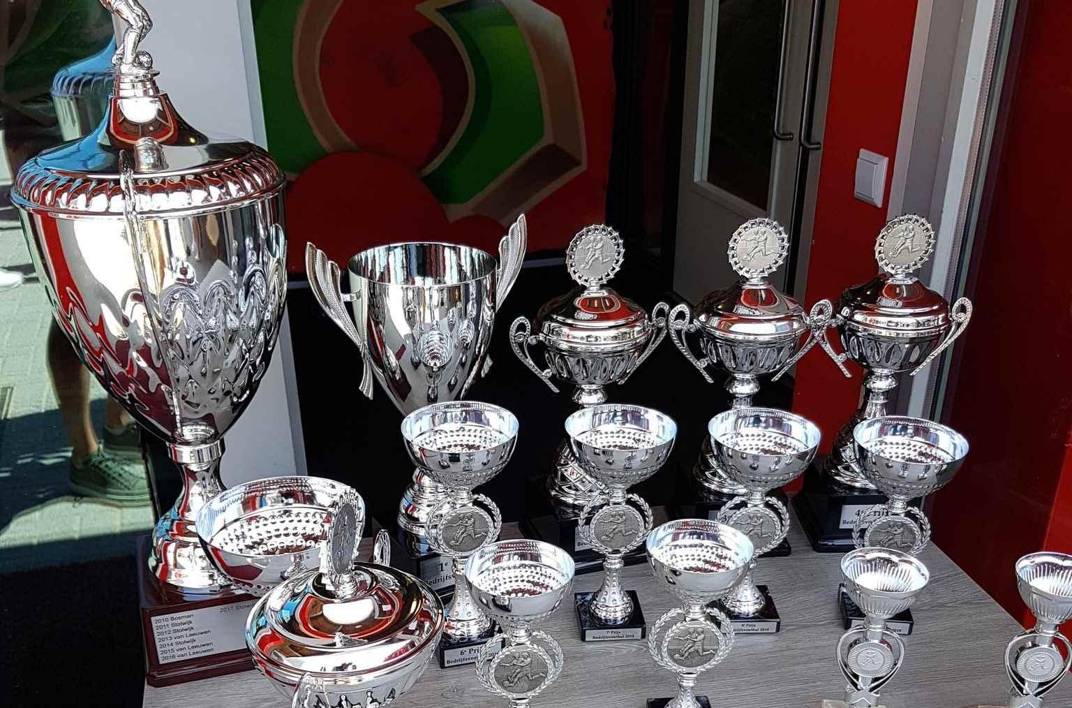 Van Oort wint 51e editie Piet v/d Bosch Bedrijfsvoetbal toernooi