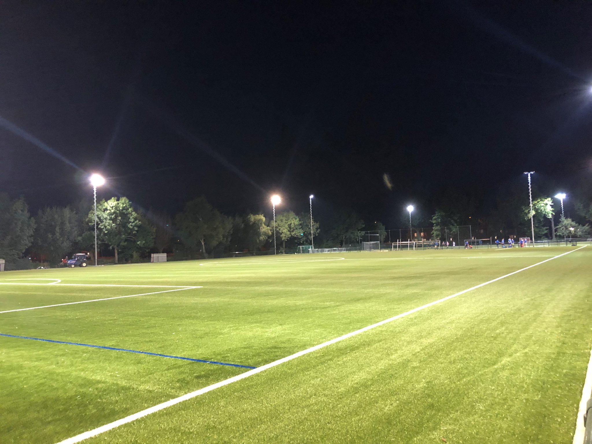Update voortgang veld 3: veld is opgeleverd en te gebruiken voor training en wedstrijden